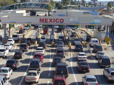 Shared international border with Mexico